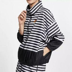 NIKE Jacket Sportswear Loose Fit Woven Track Zipup